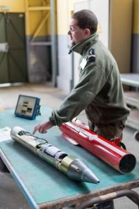 L'équipement électronique permet d'apprécier au sol la précision des tirs