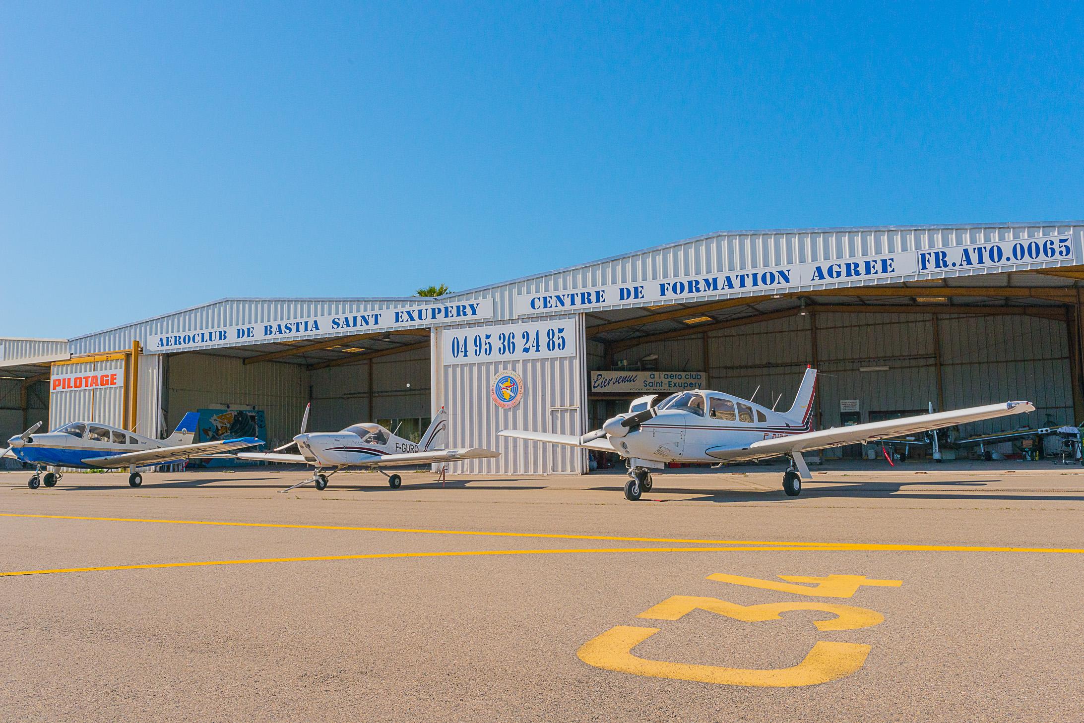 Nos trois aéronefs prêts pour le meeting de l'air de Zara!