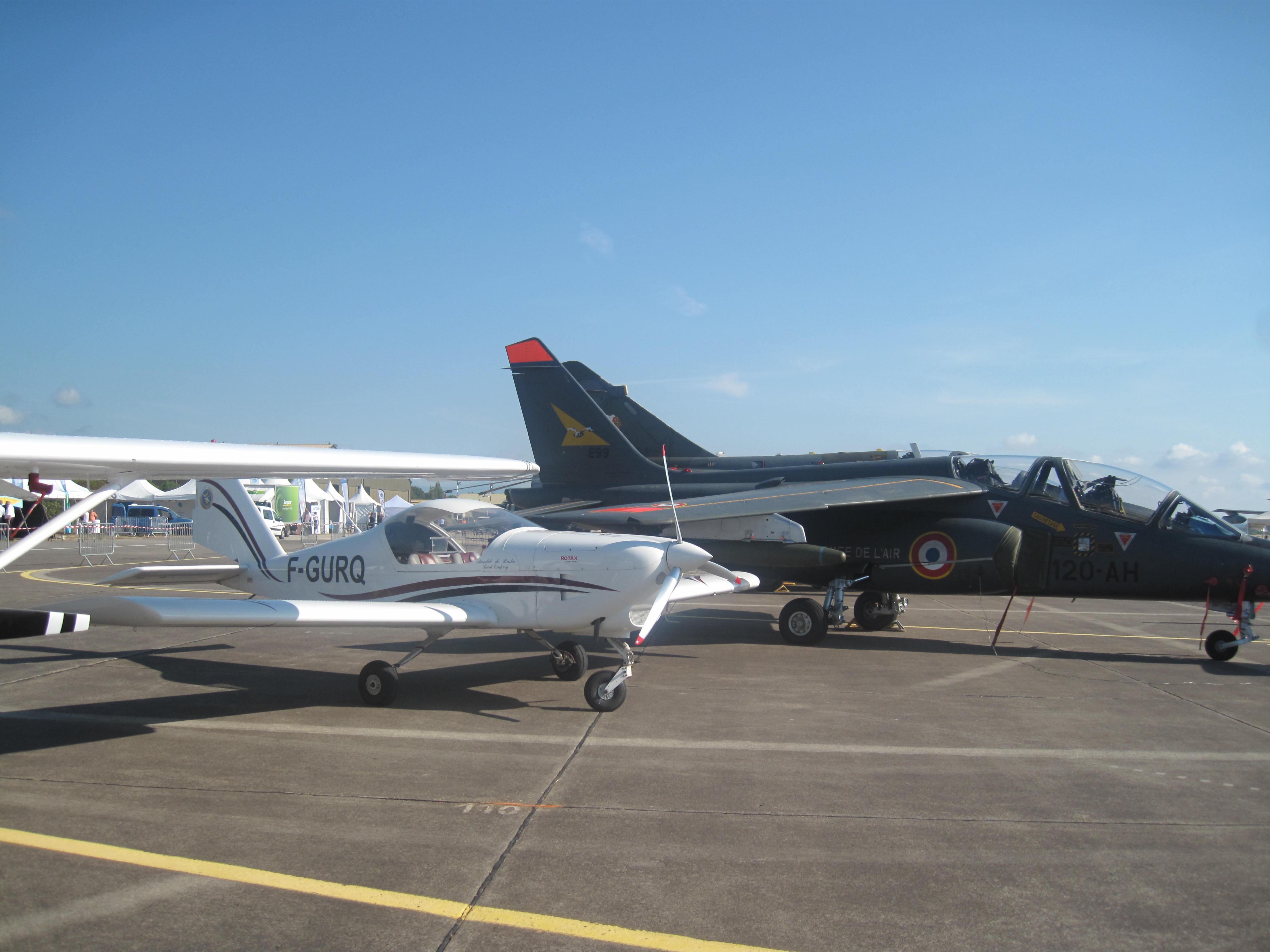 Aucun complexe du RQ à côté d'un Alphajet! De nombreux grands pilotes sont passés par nos montures à l'aéroclub.